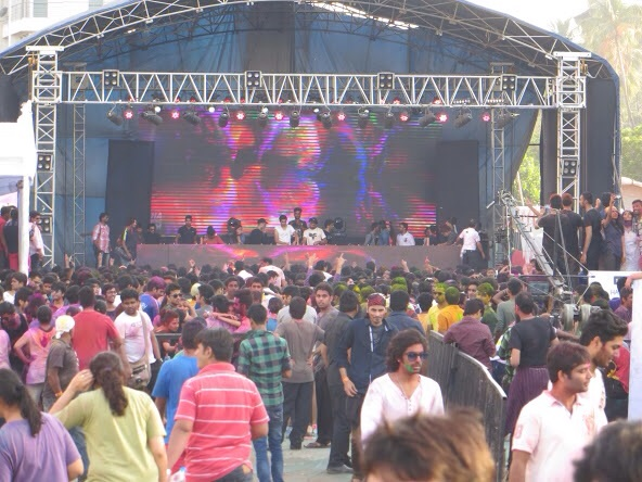 HOLI EVENT IN JUHU